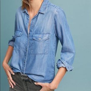 Anthro Cloth & Stone Chambray Button Down Top